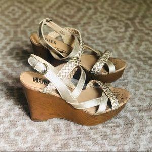 NEW Gold Strappy Wedges